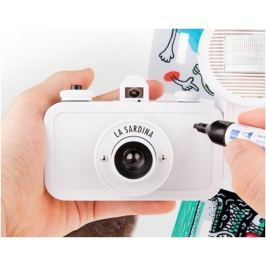 LOMOGRAPHY La Sardina camera & Flash - DIY